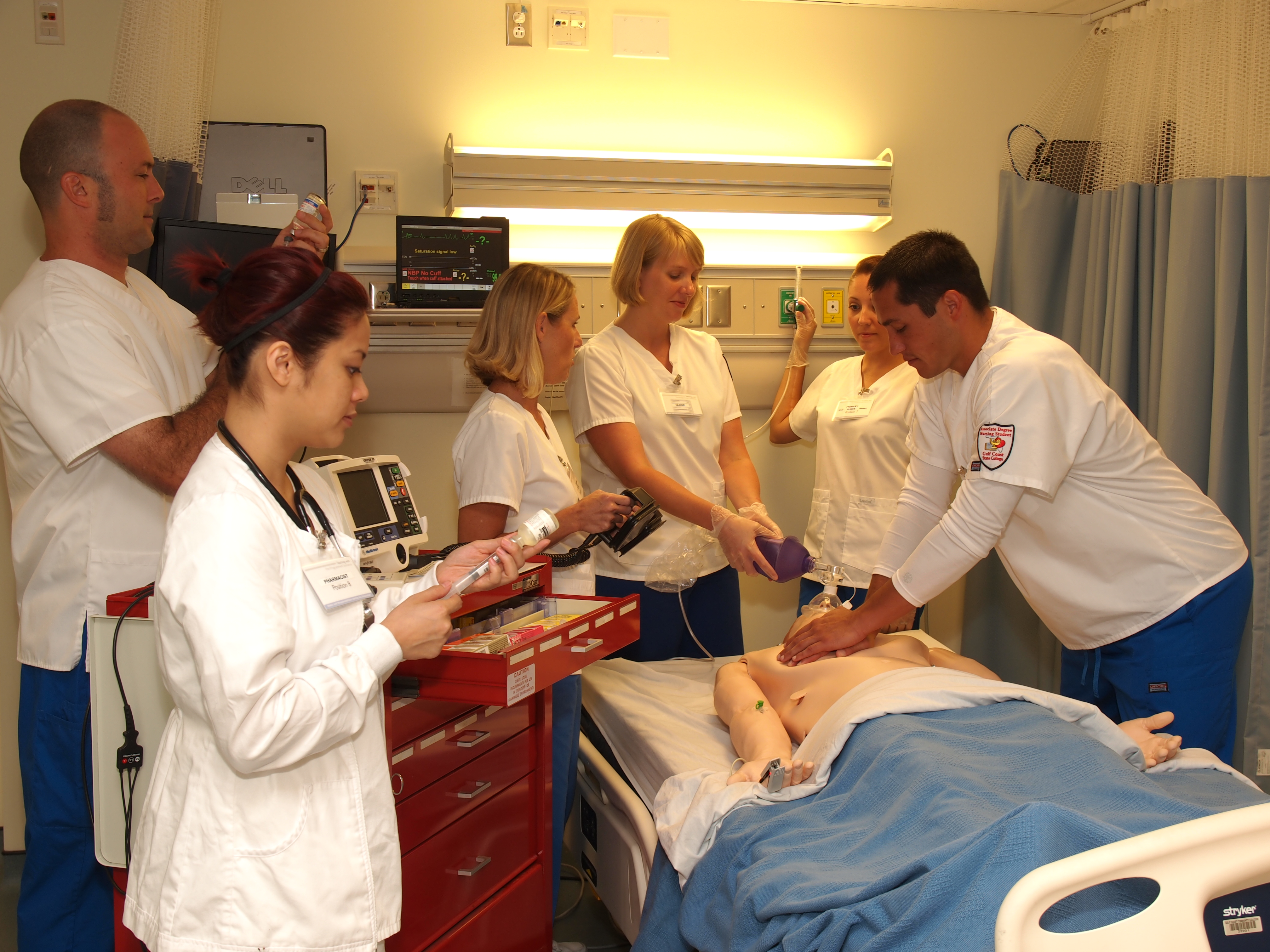 students in nursing lab
